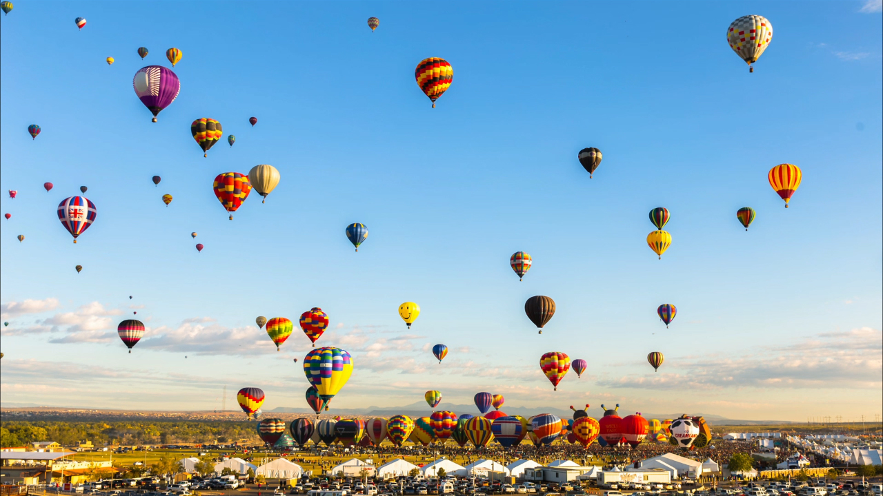 Real Hot Air Balloons In The Sky | www.imgkid.com - The ...